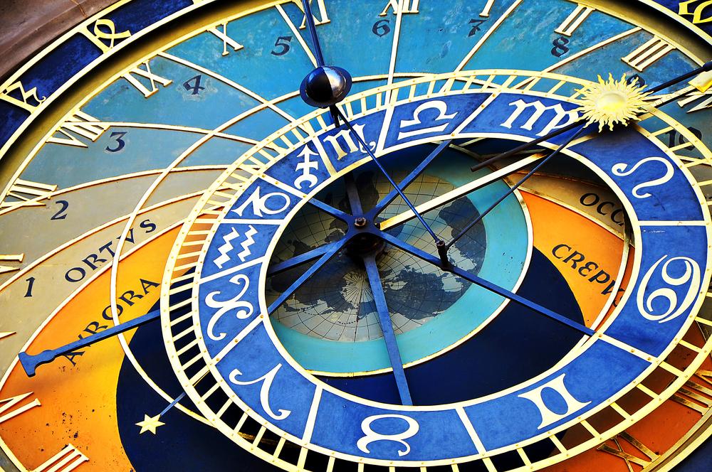 Horoskop za 2. januar: Škorpije donose važnu odluku, Bikove čeka zanimljiv susret
