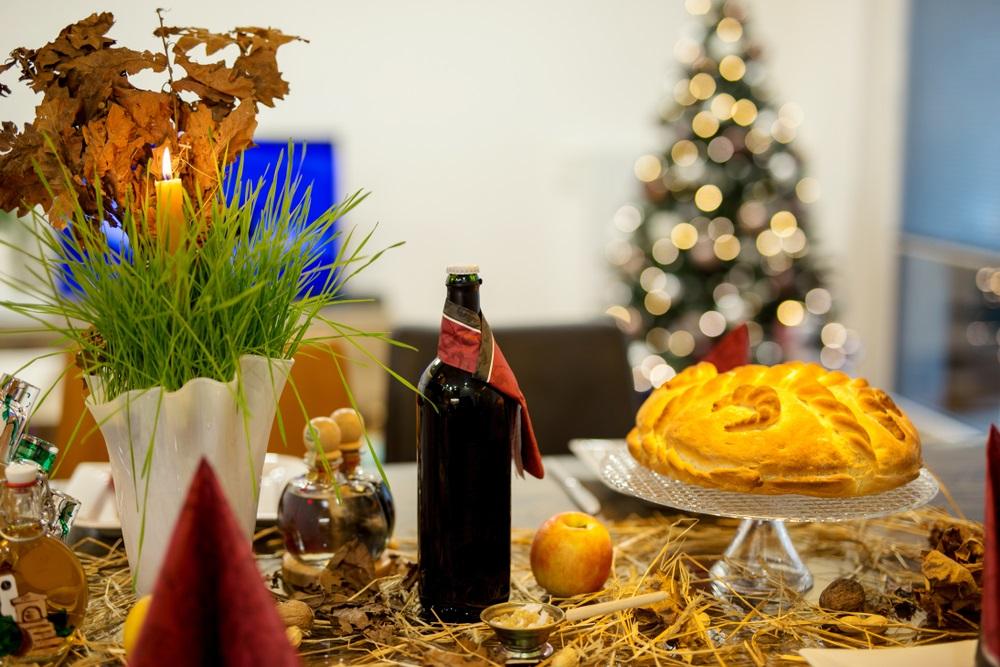 HRISTOS SE RODI: Pravoslavni vernici slave Božić, a evo koji običaji se danas poštuju u Srbiji