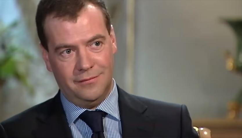 Iznenađenje za Medvedeva: Studenti ga obradovali senzacionalnim nastupom, on nije znao šta će od sreće (VIDEO)