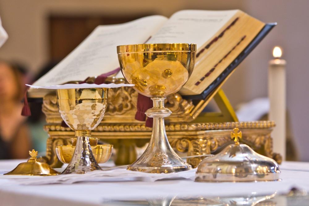 Nepoznata osoba ostavila 150.000 evra na oltaru u crkvi, a evo kome je novac namenjen