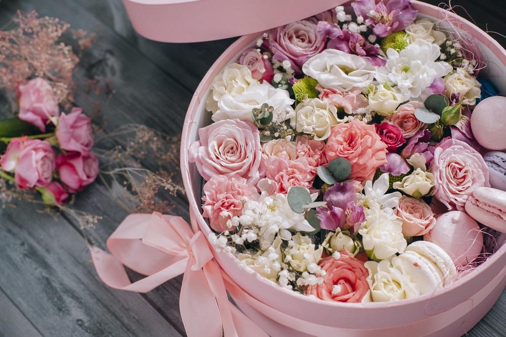 Skriveno značenje 10 najčešćih cvetova koje žene dobijaju za Dan zaljubljenih