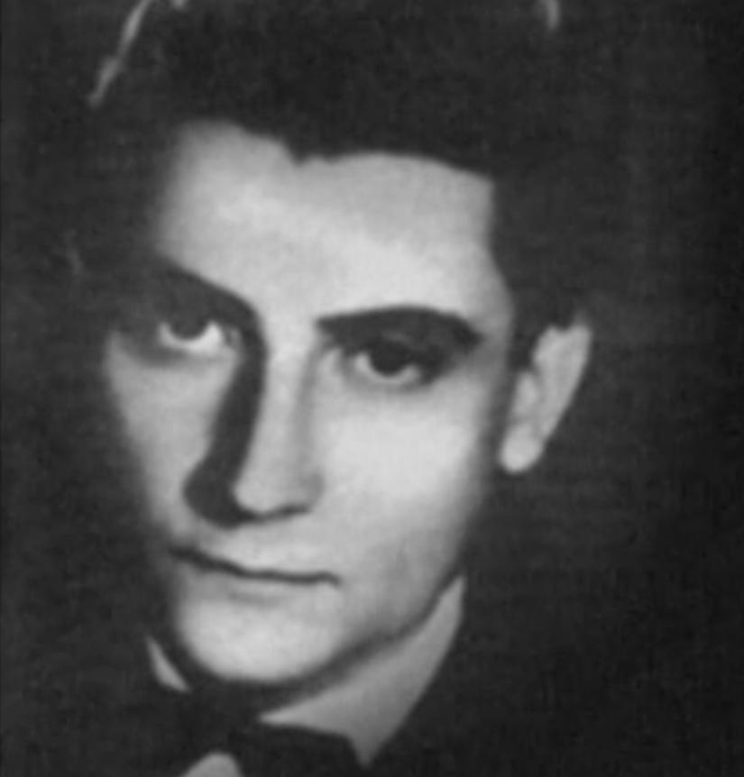 Bio je poznati srpski pesnik, a onda je pronađen obešen o drvo u Zagrebu