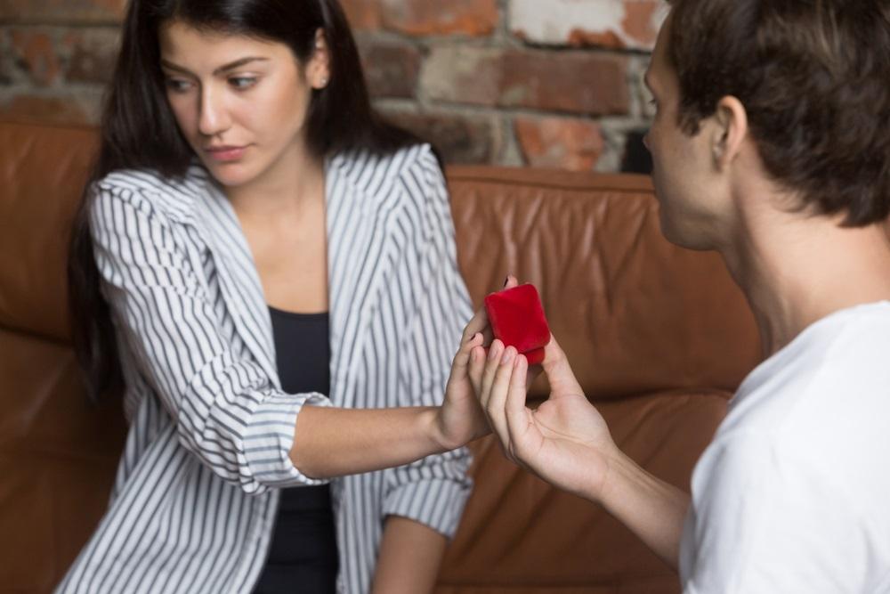 Zaprosio je devojku na romantičnom putovanju i ona ga je odbila, zbog onog što je rekla odmah je raskinuo