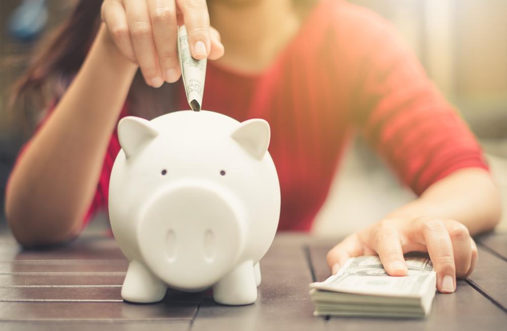 Uštedite novac bez velikih odricanja uz ovih šest jednostavnih metoda