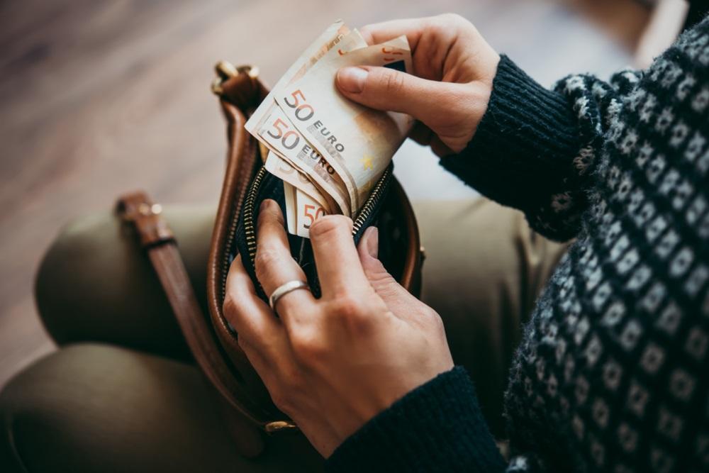 Stari običaji naših predaka za privlačenje novca u kuću: Ovaj dan je najbolji za traženje povišice