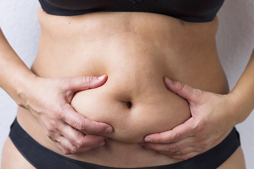 Najpre dobijete salo na stomaku? Nije hrana uzrok, evo šta je zapravo!