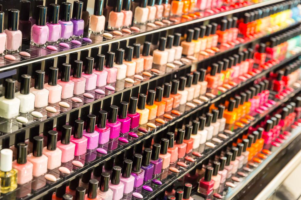 S ovim nijansama nećete pogrešiti: Top pet boja lakova za nokte za prestojeću zimu