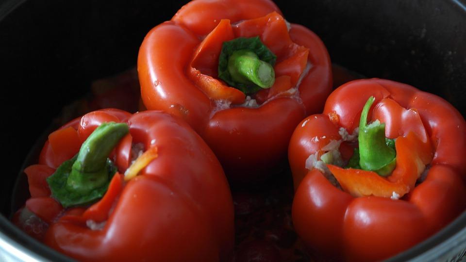 Punjene paprike za koje vam treba samo pola sata (RECEPT)