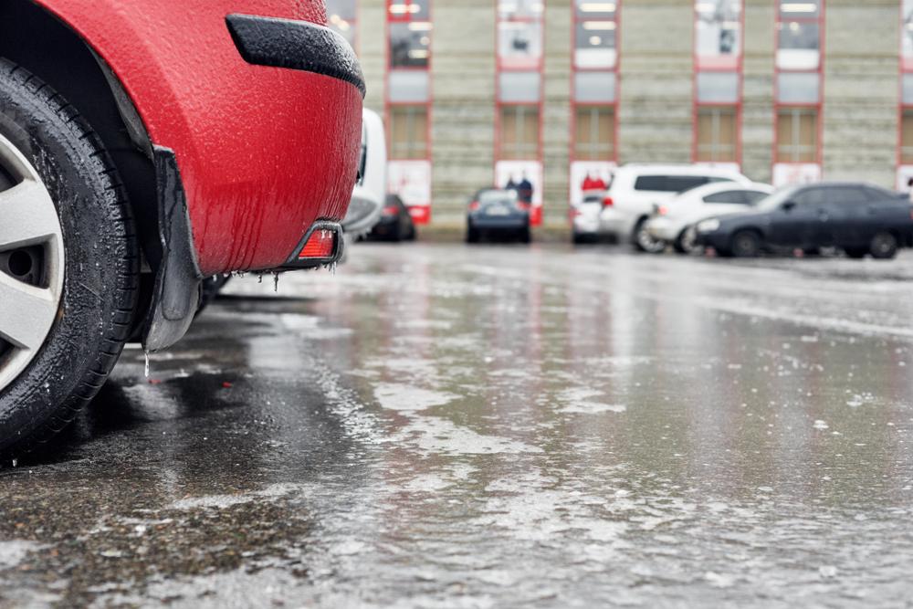 Zima ne posustaje: Pojačane snežne padavine, u ovim krajevima kiša će se lediti pri tlu