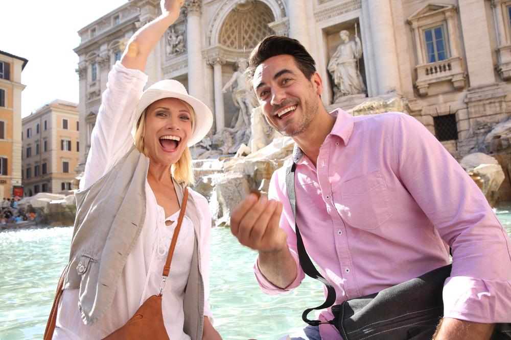 Kasica prasica večnog grada: Šta se dešava sa hiljadama novčića iz najpoznatije fontane na svetu?
