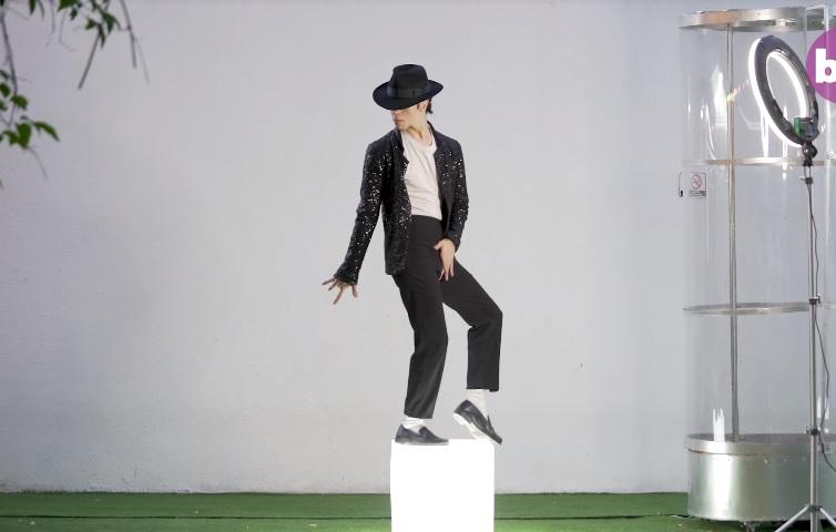 Opsednut kraljem popa: Potrošio više od 26 hiljada evra da bi izgledao kao Majkl Džekson (VIDEO)