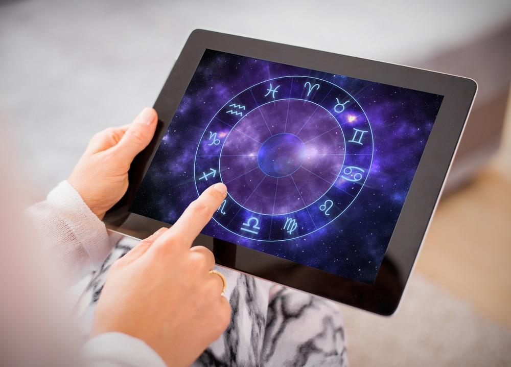 Nedeljni horoskop: Strelčeve očekuje veliki posao, Rakove ljubavna veza koju dugo priželjkuju
