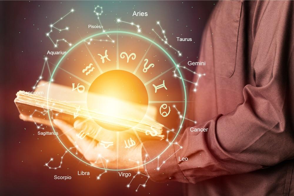 Horoskop za utorak, 15. januar: Ovim znakovima posao danas cveta, a evo koga čeka novo poznanstvo