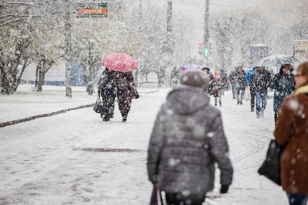 Vremenska prognoza: Sneg i suznežica, u ovim delovima Srbije olujni vetar