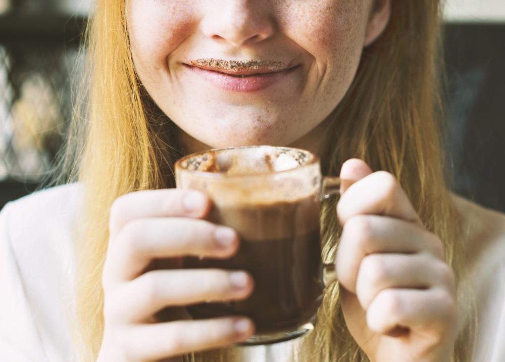 Prava domaća topla čokolada da vas zagreje kada sneg veje (RECEPT)