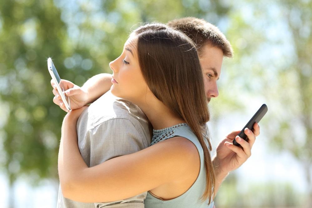Zodijak otkriva: Horoskopski parovi koji će sigurno prevariti jedno drugo