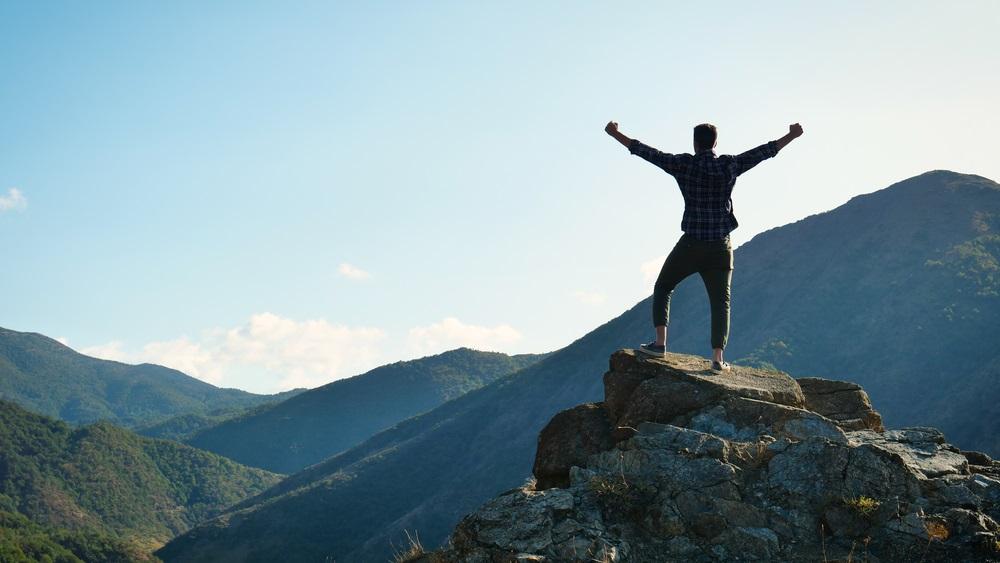Zašto nam je danas teško da budemo? Zašto nam je danas lakše da imamo?