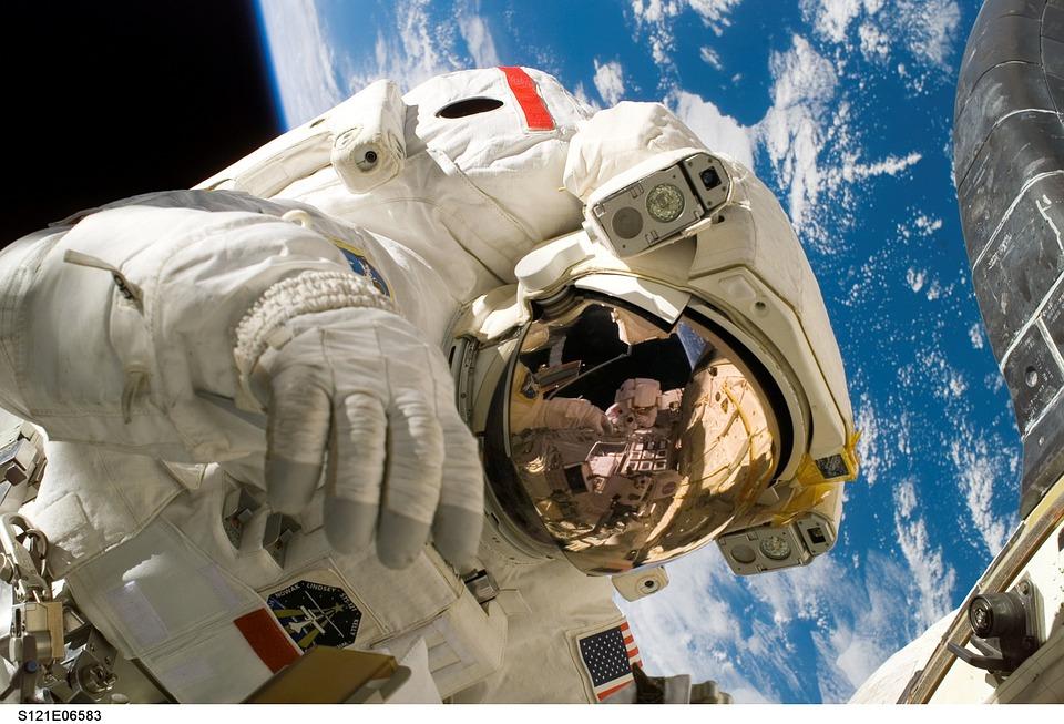 NASA organizuje prvu šetnju svemirom samo za žene