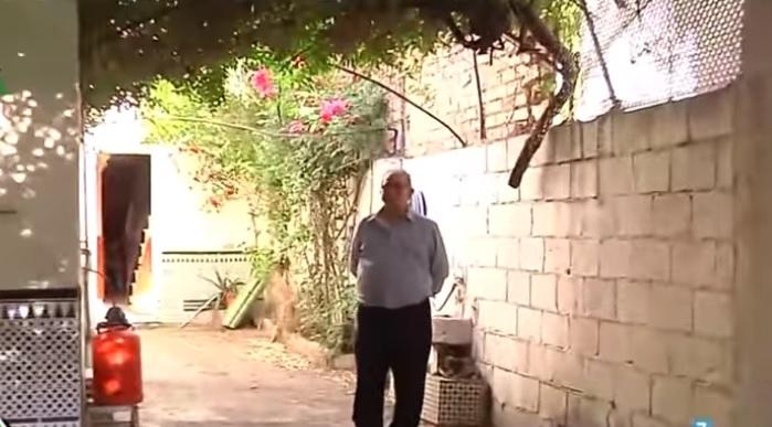 Zbog buke mesecima nisu mogli da spavaju, stručnjak ostao šokiran kad je ugledao šta su imali u zidu (VIDEO)